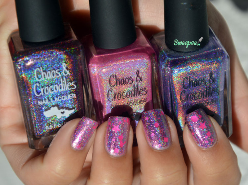 Holographic gradient nail art by Sweapee