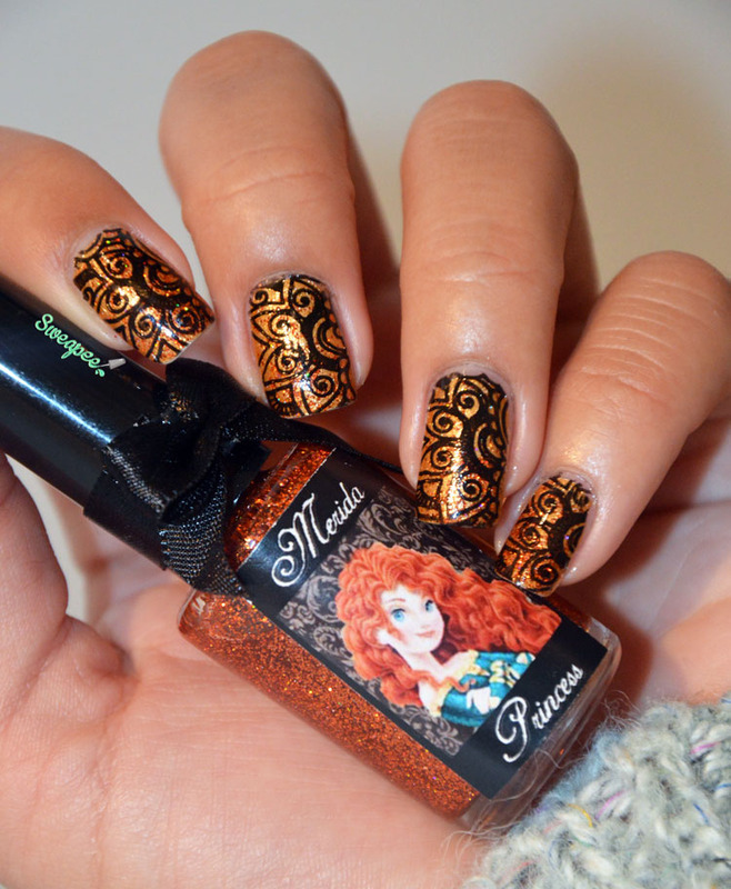 Stamping arabesque  nail art by Sweapee