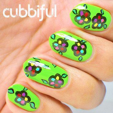 Floral spring nails thumb370f