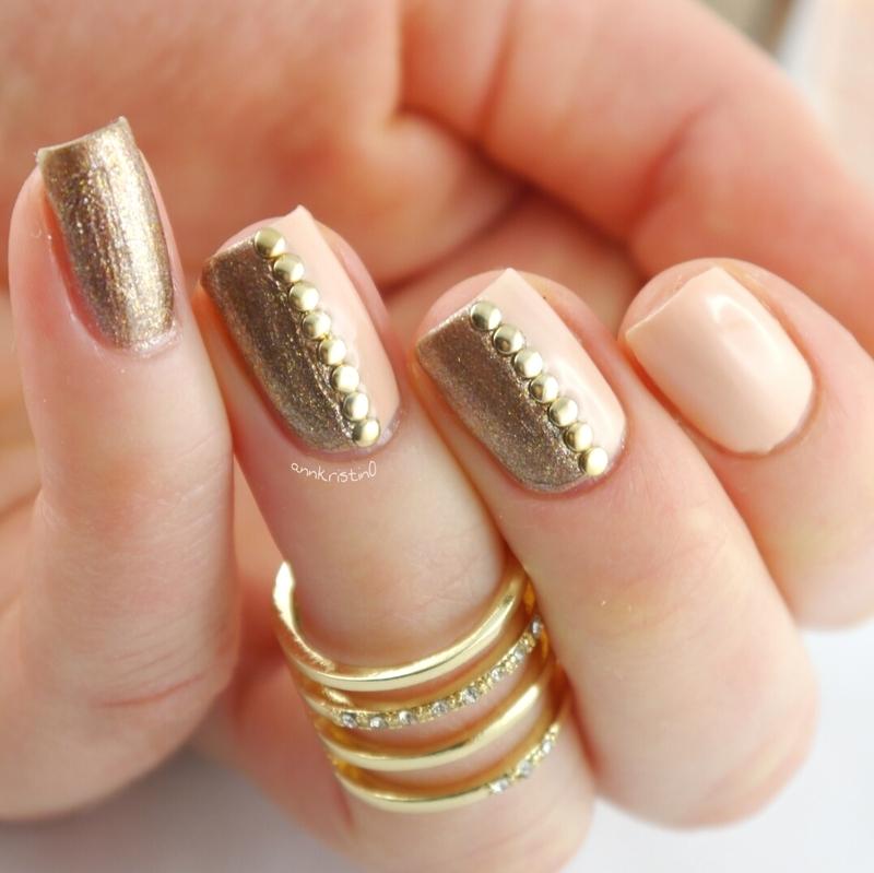 Peachy Gold Studs nail art by Ann-Kristin