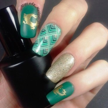 MoYou Fashionista 04 , Suki 02 GREEN DRAGON nail art by Lady Nailpolish Nathalie