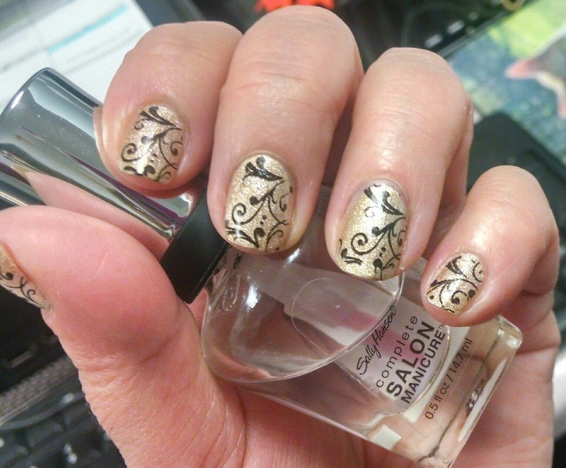 $$$ Digging for Gold $$$ nail art by HELEN KAY