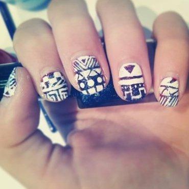 Aztec nails nail art by JonideGroot