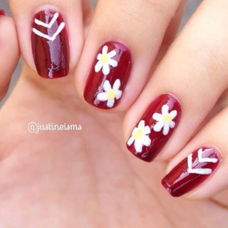 Spring Daisies nail art by ℐustine