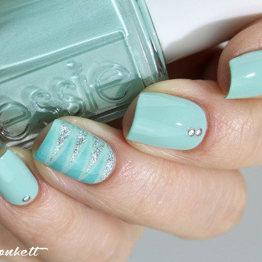 Mint candy apple essie3 thumb370f
