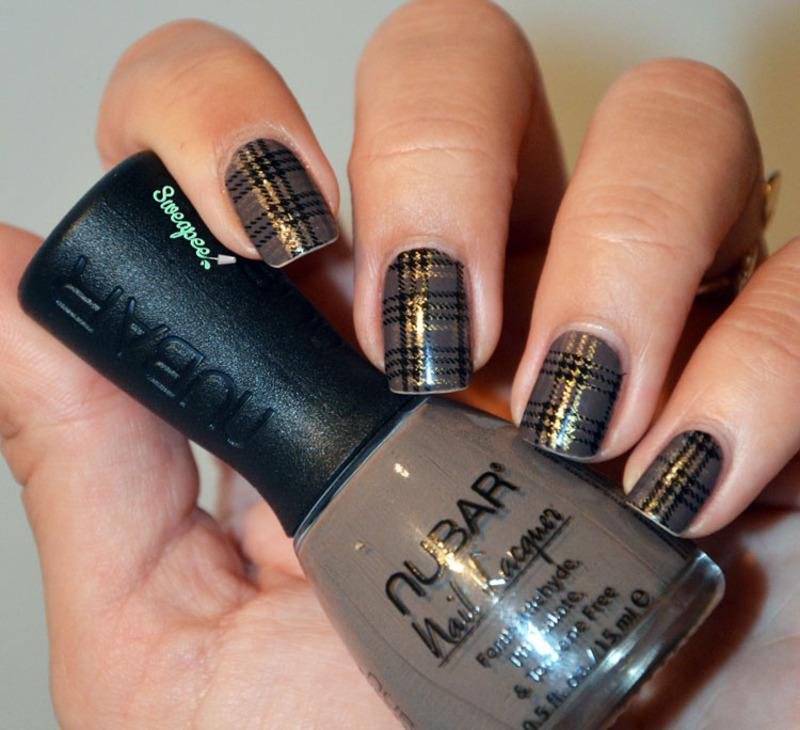 Tartan nail art nail art by Sweapee
