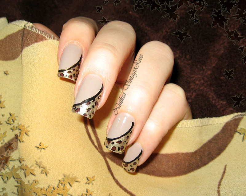 Autumn in the jungle nail art by Ninthea