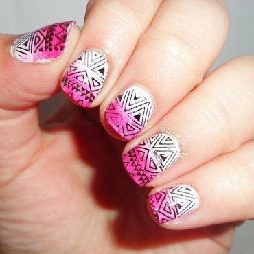 Tribal nail art by Melany Antelo