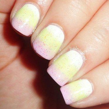 Pastel Gradient nail art by Melany Antelo