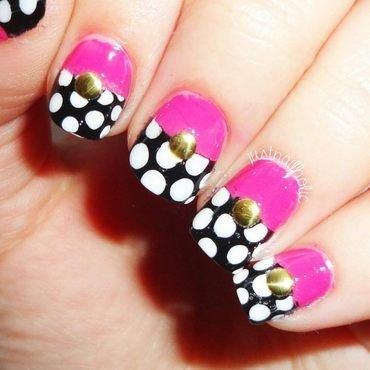 Dots!! nail art by Melany Antelo