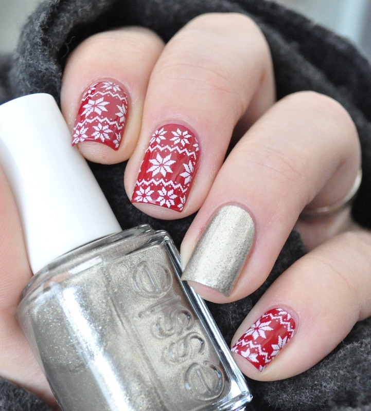 christmas jumper nail art by nathalie lapaillettefrondeuse