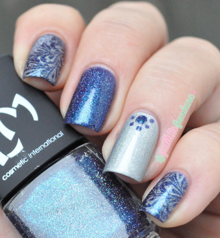 blue and silver skittlette nail art by nathalie lapaillettefrondeuse