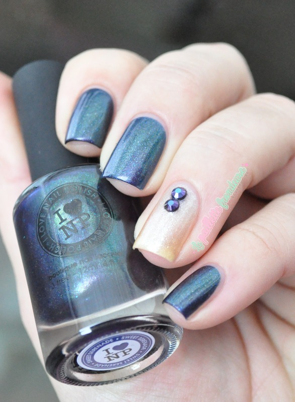multichrome match nail art by nathalie lapaillettefrondeuse