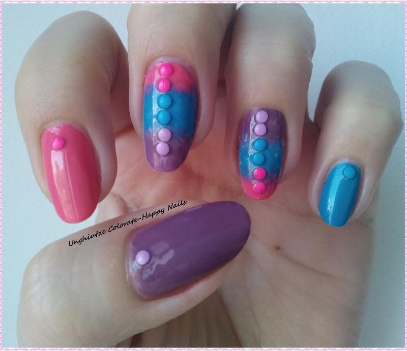 Gradient nail art by Oana  Alexandru