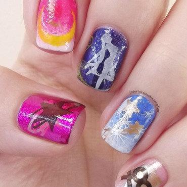 Sailor Moon nail art by Maria