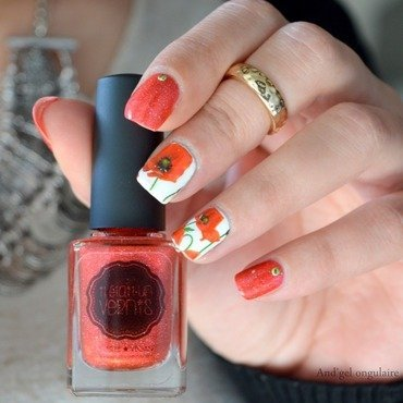 Le printemps arrive, les coquelicots sont de sorties nail art by And'gel ongulaire