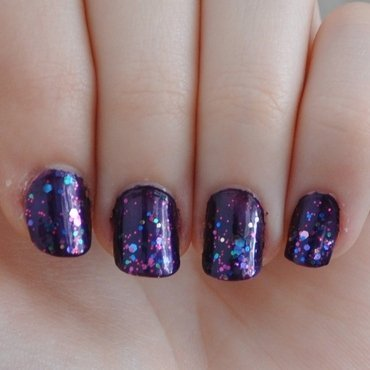 Maybelline Purple Dazzle and Maybelline Graphite Purple Swatch by LOreeNA
