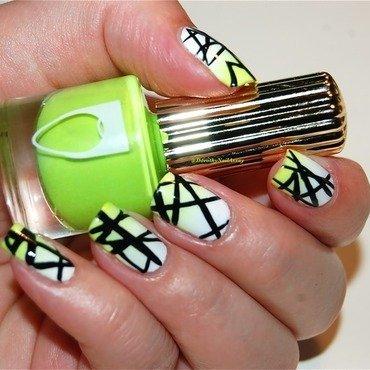 Graphic  super bright nail art by Dorothy NailAssay