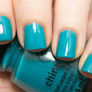 China Glaze My Way or The Highway Swatch by Julie