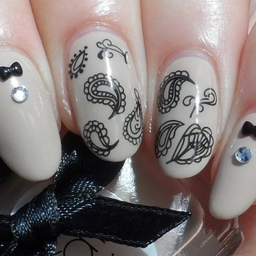 Paisley Water Decals nail art by Plenty of Colors