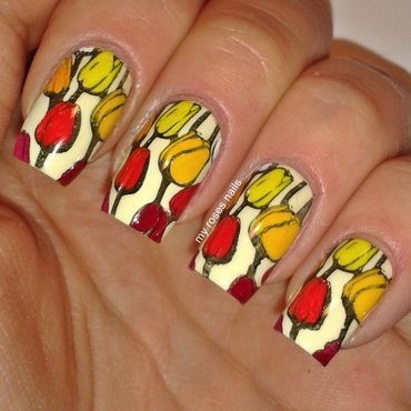 Tulips nail art by Ewa