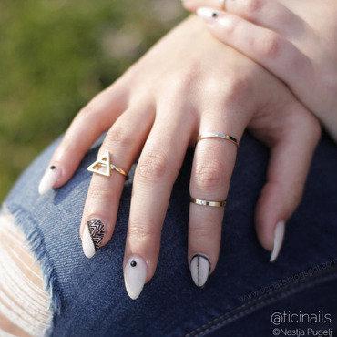 Fancy nail art by Patricija Zokalj