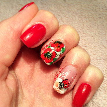 POPPIES &LADYBIRD nail art by Anna Sh