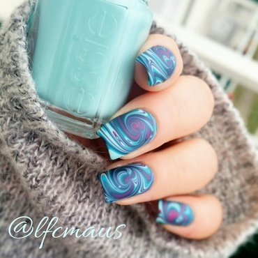 Swirled Marbling- again =D mattified nail art by Arlett