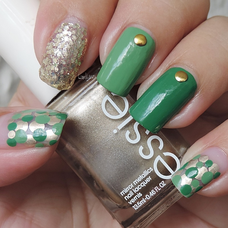 Saint Patrick's Gold nail art by Iliana S.