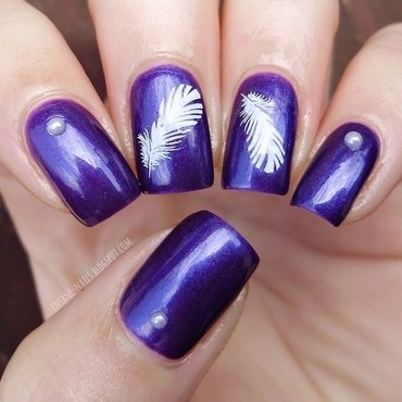 Purple feather nails nail art by Sanela