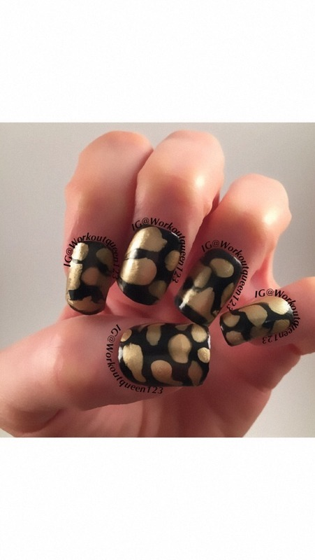 Gold and Black Blobbicure nail art by Workoutqueen123