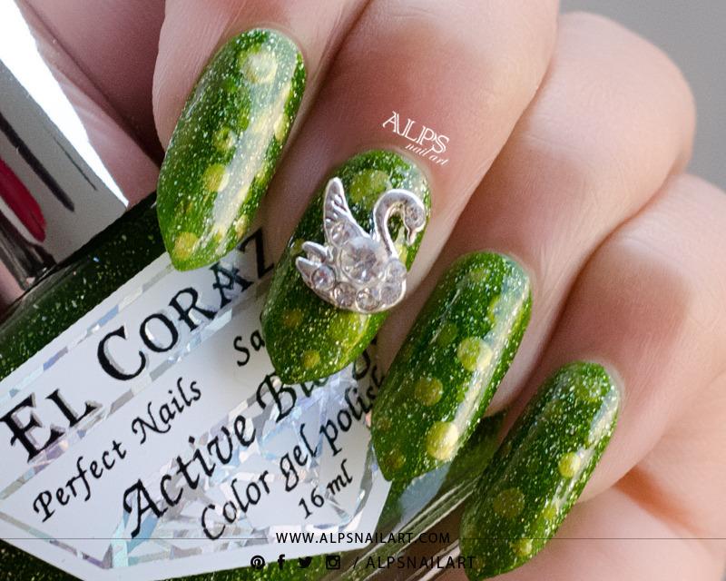 St. Patrick's Day nails by @alpsnailart nail art by Alpsnailart