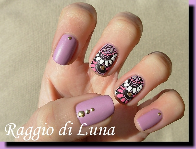 Stamping: White and pink flowers on pearly lilac nail art by Tanja