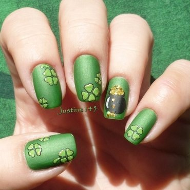 St. Patrick's Day nail art by Justine145