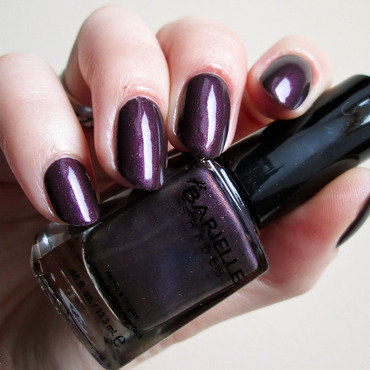 Barielle Mystery Woman Swatch by Yenotek