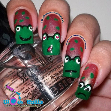 Frog Friends nail art by Paula of Wow Nails