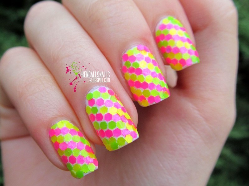 """Claire's """"Dizzy"""" placement nail art by Julia Friedel"""
