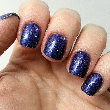 OPI Can't Let Go Swatch by Lindsay