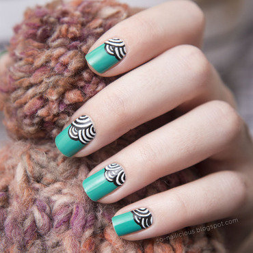 Retro nail art by Magdalena