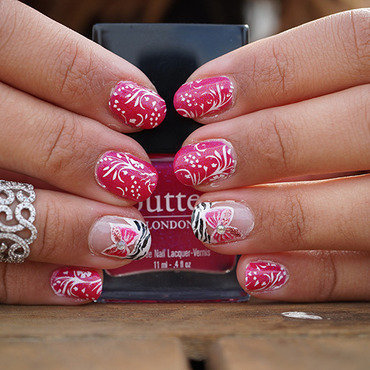 girly nails nail art by Cathy Neves