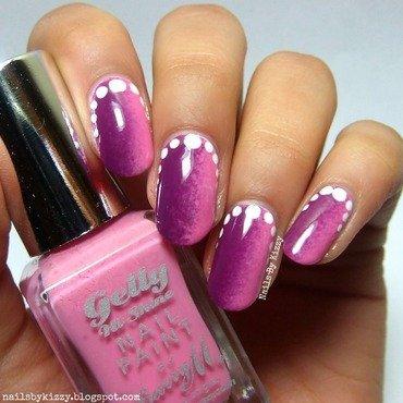 Valentine's Vertical Gradient nail art by Kizzy