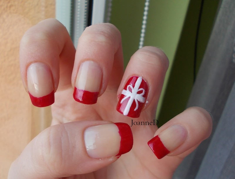 Christmas gift nail art by JoanneD