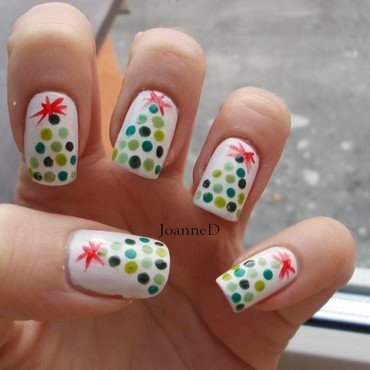 Christmas tree nail art by JoanneD
