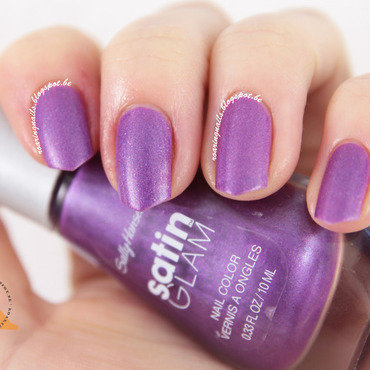Sally Hansen Taffeta (Satin Glam) Swatch by Robin
