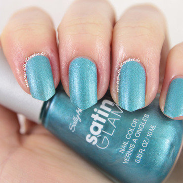 Sally Hansen Teal Tulle (Satin Glam) Swatch by Robin