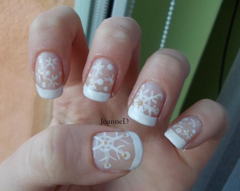 Last snowflakes nail art by JoanneD