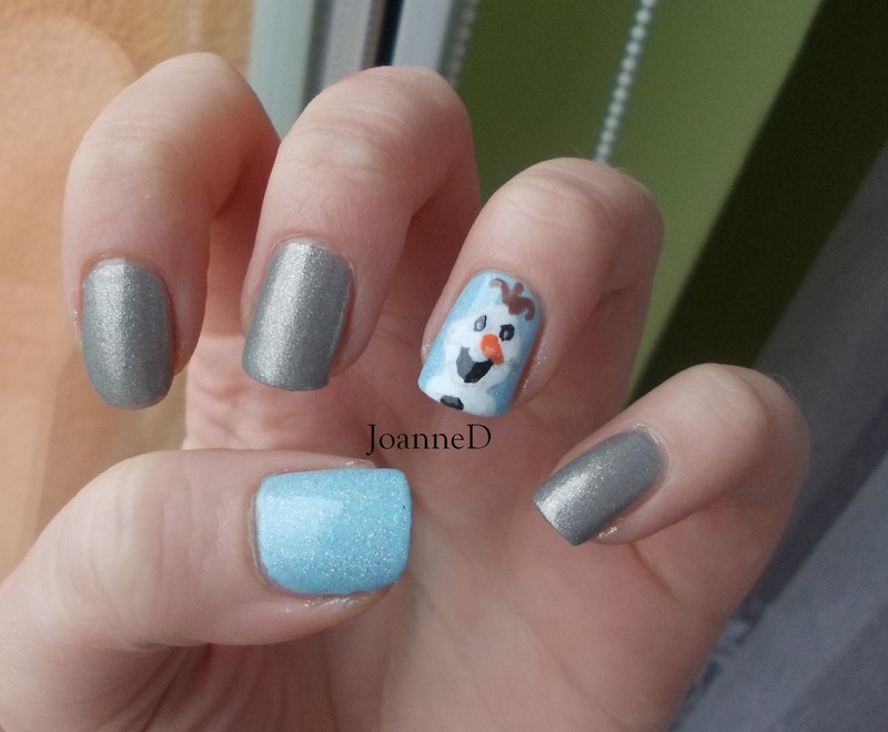 Olaf the Snowman (sort of) nail art by JoanneD