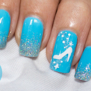 Cinderella Nail Art nail art by Nagel Polish