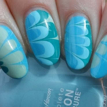 Water Marbling nail art by Plenty of Colors