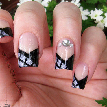 V shape french nail art by Ninthea